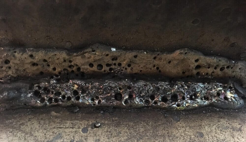 Welding bead that full of porosity defects.